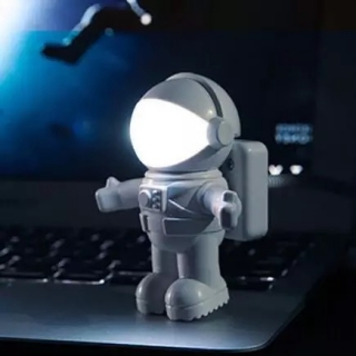 Lampa astronaut