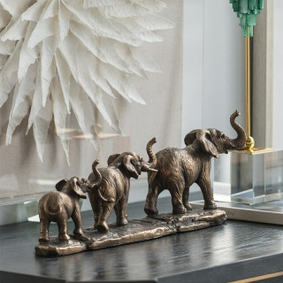 Statuie cu elefanti