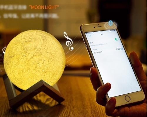Lampa luna 3d cu bluetooth