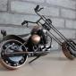 Motocicleta din metal